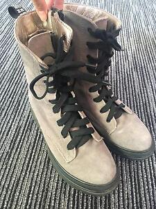 Shoes (size 8) Canberra City North Canberra Preview
