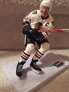 Excellent condition Jonathan Toews  figure