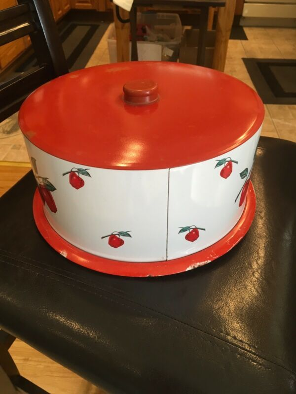 RARE Decoware Covered Round Cake Pan
