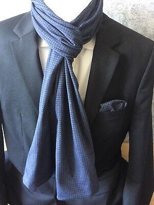Herren Einstecktuch mit passendem Schal in Blau Kariert 100% Baumwolle