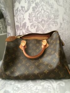 Louis Vuitton authentic speedy
