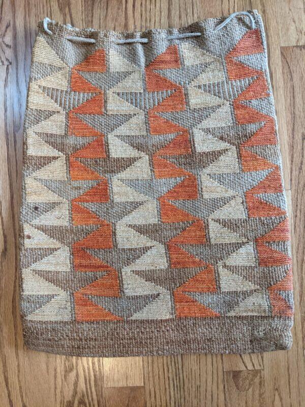 Early Nez Perce Cornhusk Bag