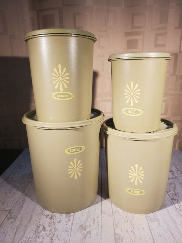 Vtg.Tupperware Servalier Canister Set Avocado Set of 4 Canisters with lids