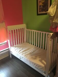 Clean 4 Year old crib in great condition
