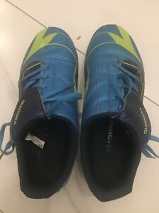 Soccer cleats boys size 7
