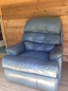 Recliner - blue Dirty Creek Coffs Harbour Area Preview