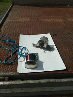 1 by set of navigation  lights 12 volts,SEE PHOTOS, DETAILS USED.