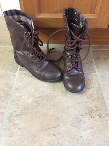 Girls size 13 1/2 boots