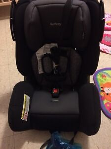 Safety 1st car seat never used. 3 in 1 up to 80lbs
