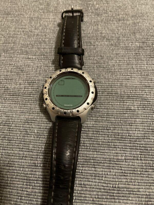 SUUNTO Suunto watch x-lander digital watch Read Below