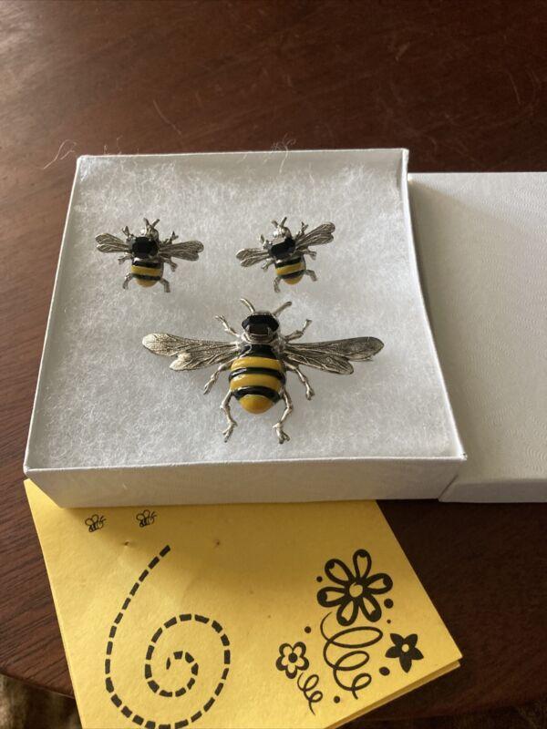Vintage Sadie Green - Estate.  Bee Pin With Matching Pierced Earrings
