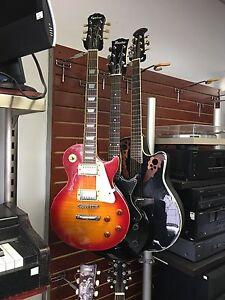 Plusieurs guitare à vendre à bon prix