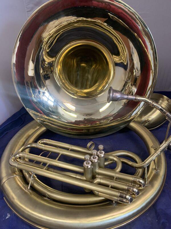 Sousaphone Holton Bbb satin overhauled 25 size case New