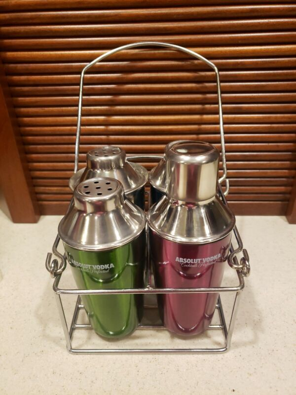 ABSOLUTE VODKA 5 PIECE COCKTAIL SHAKER SET INCLUDES CARRIER
