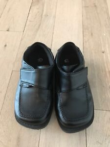 Toddler Dress Shoes - size 6.5