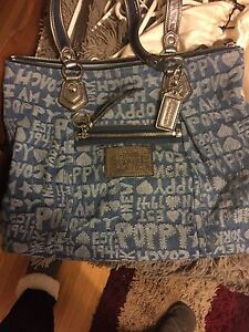 Coach poppy tote for sale London Ontario image 1