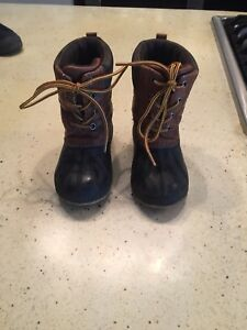 Gap winter boots size 7/8