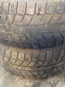 Two winter tires lots of tread 225/70r15 $50