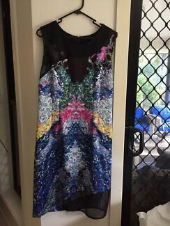 100% new with tags size 14 Table Eight Exclusive Jessie Print Dre