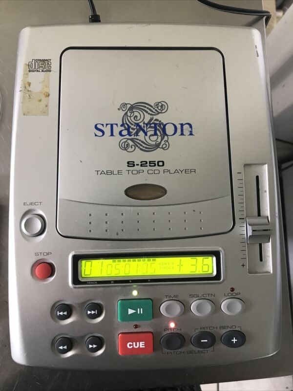 Stanton S-250 Tabletop DJ CD Player withLooping, Pitch Control & Stack Of CDs