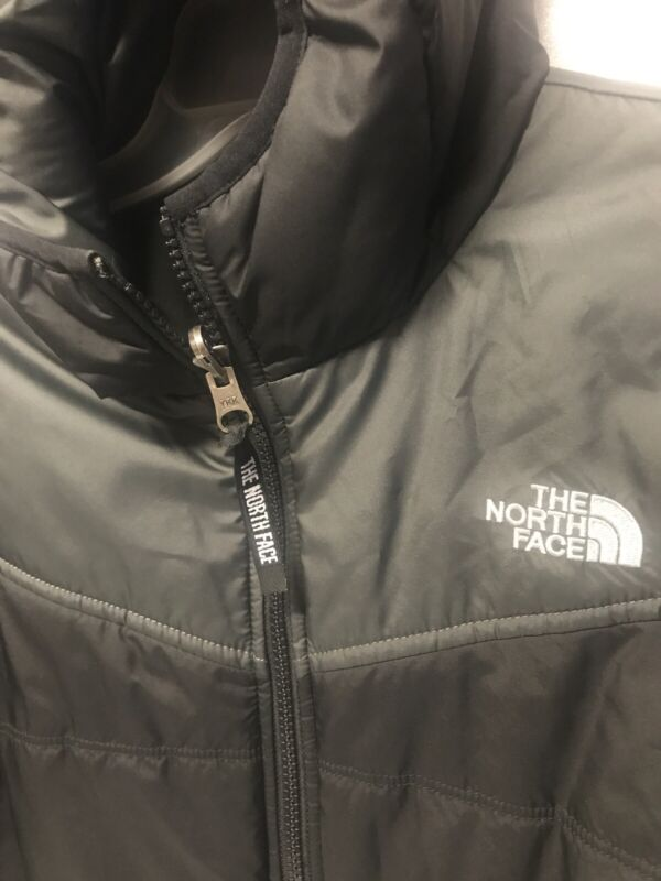 THE NORTH FACE: Reversible Hooded Jacket  (Boys Size L14/16) Color Black