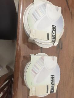 Corelle 2 x Dish and lids