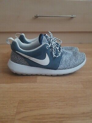Nike Roshe Run Size 7