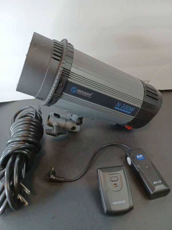 NEEWER N-300W STUDIO STROBE FLASH MONOLIGHT PHOTOGRAPHY LIGHT