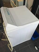 **URGENT WASHING MACHINE HAS TO GO ASAP** Moonee Ponds Moonee Valley Preview