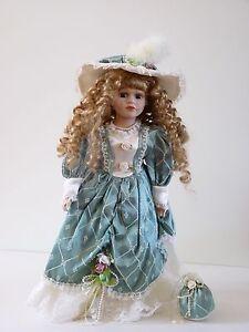 2 classic porcelain dolls Port Macquarie Port Macquarie City Preview