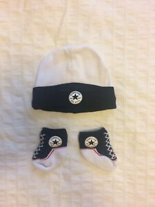 Baby converse hat and socks 0-3 months
