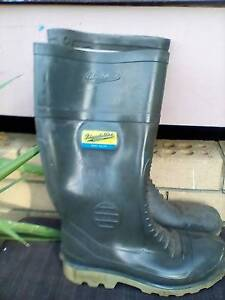 Gumboots steel cap bloodstone Eagleby Logan Area Preview