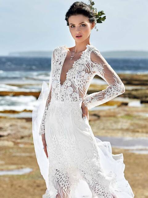 Stunning Mia Wedding Gown Wedding Gumtree Australia