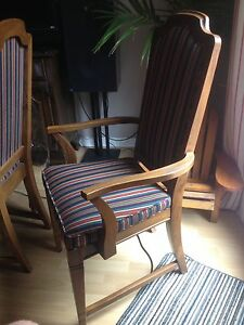 2 beautiful captain chairs London Ontario image 6
