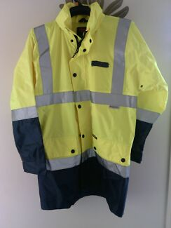 High Visibility Waterproof Jacket Size: M Merrimac Gold Coast City Preview