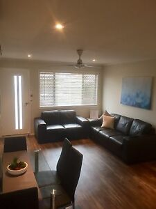 Fully Furnished 2 bedroom Unit Mackay Mackay City Preview
