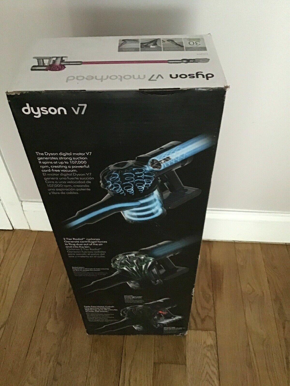 New Dyson V7 Motorhead Cord Free Stick Vacuum Cleaner 227591