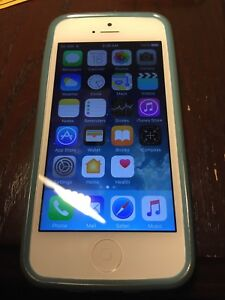 iPhone 5 - 16GB - Bell/Virgin