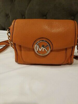 MICHAEL KORS FULTON SMALL SADDLE PEBBLED LEATHER CROSSBODY LUGGAGE ORANGE