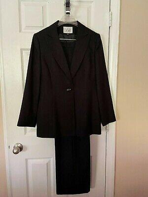 Womans LeSuit Black Pant Suit - Size 10