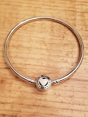 AUTHENTIC PANDORA Sterling 6.7 Inch Loving Heart Bangle Bracelet 590746EN-17
