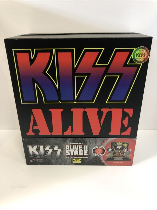 "KISS ALIVE II Stage Exclusive Set With 3 3/4"" Figures 520/1500"
