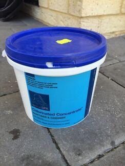 Spa chlorine  Aubin Grove Cockburn Area Preview