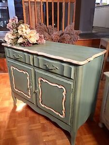 Beautifull solid wood  cabinet buffet console commode