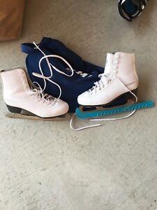 Figure Skates sz6 Ladies