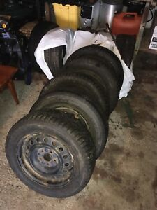5 215/60R16 tires with rims