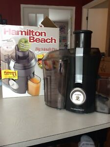 Centrifugeuse Hamilton Beach Big Mouth Pro
