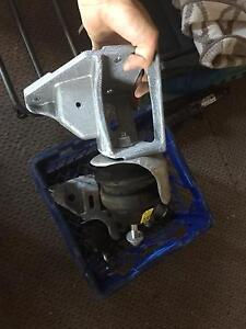 Holden VE / VF engine mounts Blacksmiths Lake Macquarie Area Preview