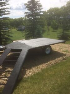 Rainbow 2 Place snowmobile trailer. Drive on / Drive off