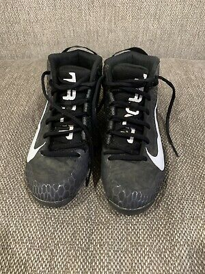 nike mike trout baseball cleats Size 6